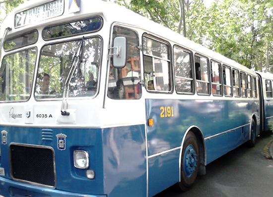 primer autobús articulado