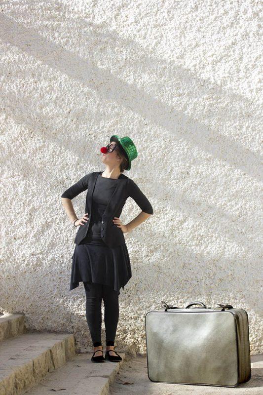 Krisoa Títeres. Titiritina con su maleta