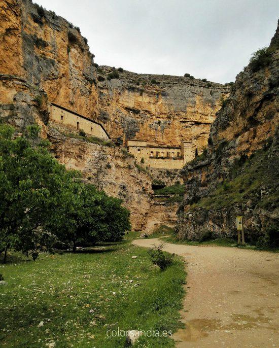 Alhama de Aragón. Balneario para niños
